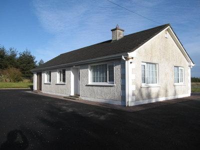Glashaboy North, Carrignavar Co Cork 3 Beds – 2 Baths